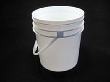 4 Gallon White Food Grade Plastic Pail