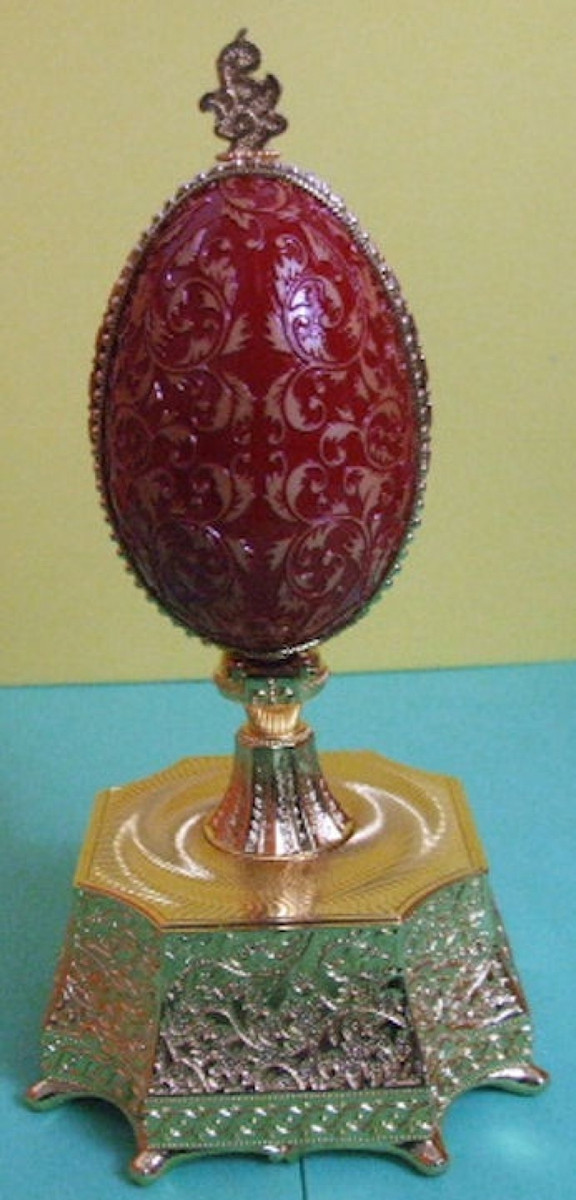 Russian Faberge Egg Replica Red Enamel Crown #6527