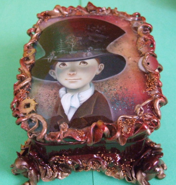 """Fedoskino Lacquer Box """"Boy Wearing a Hat w/ Teddy-Bears"""" 3D"""