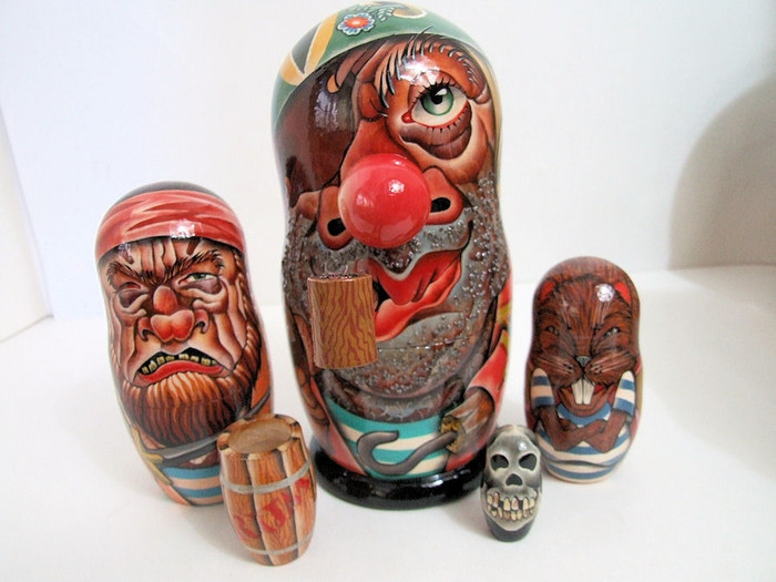 5pcs Exclusive Russian Nesting Doll of PIRATES W/ PIPE