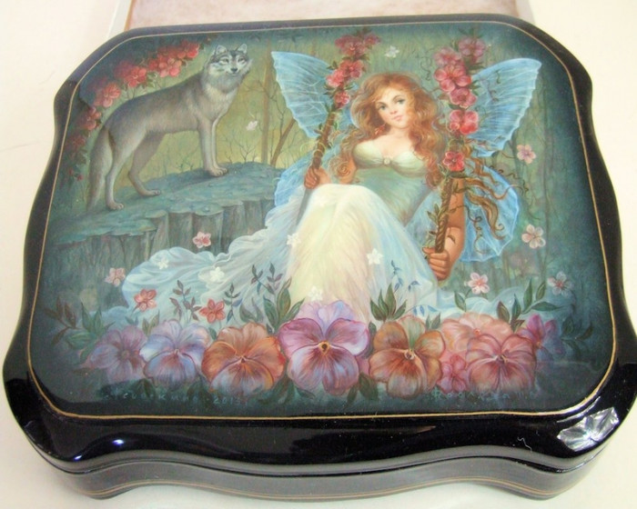 """Hand Painted One of a Kind Russian Lacuqer Box """"Fairy & The Wolf"""" by Frolova"""
