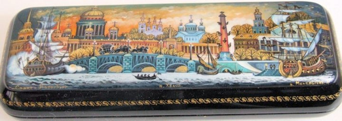 "Exclusive Khouli Russian Lacquer Box "" Saint Petersburg"" by Makarichev"