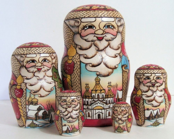 5pcs Hand Painted Russian Nesting Doll of Santa's w/ Village Scenes Style 2