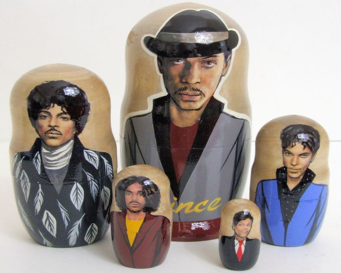 5pcs Handmade Russian Nesting Doll of The Singer Prince