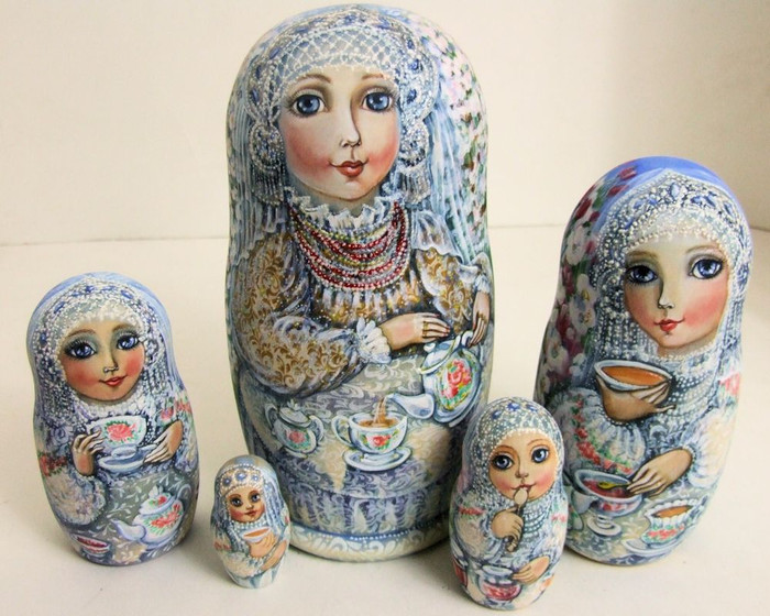 "5pcs Hand Painted One of a Kind Russian Nesting Doll ""Tea Time"" by Olga Molotova"