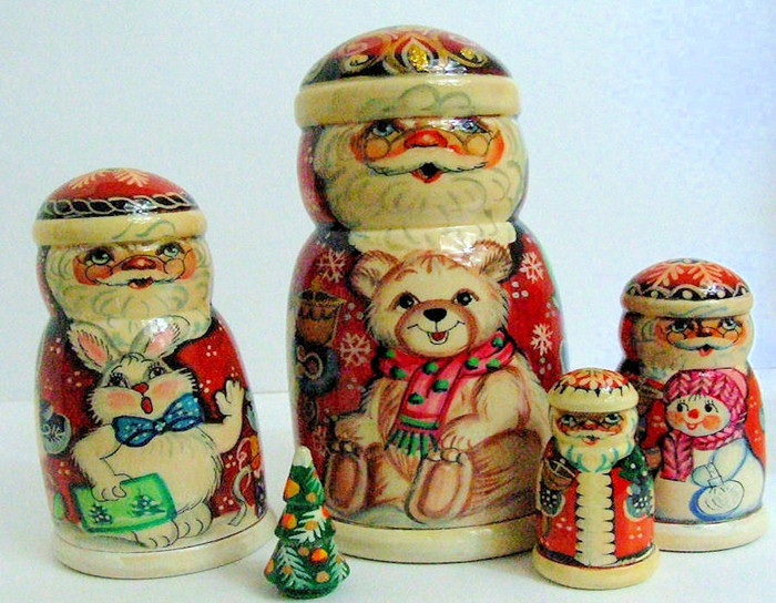 5pcs. russian nesting doll Handcarved Santa Clauses and Christmas Themes