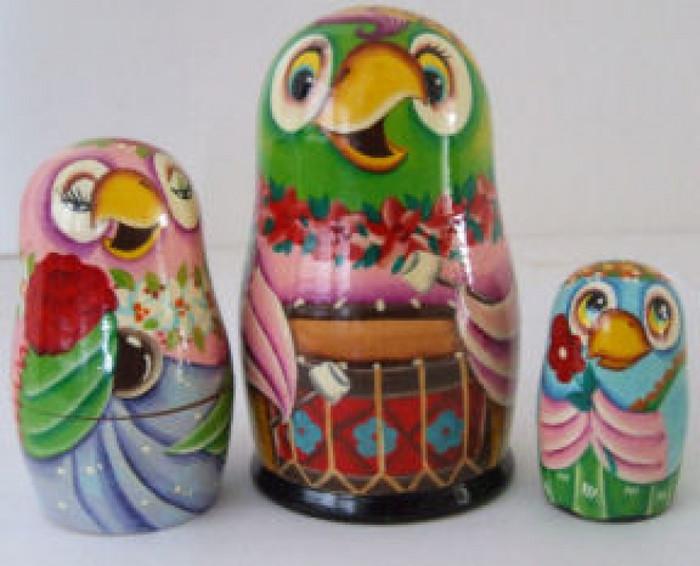 3pcs. Russian Nesting doll of Parrots