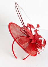 Betsy Fascinator in Rouge