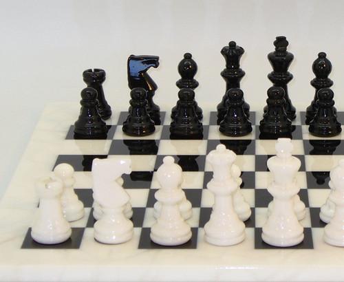 Alabaster Chess Set Black and White2