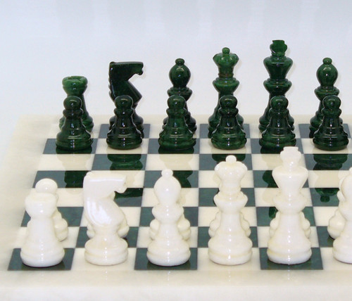 Alabaster Chess Set Green and White 1