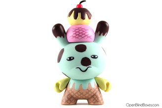 Aya Kakeda Series 5 Dunny Kidrobot Front