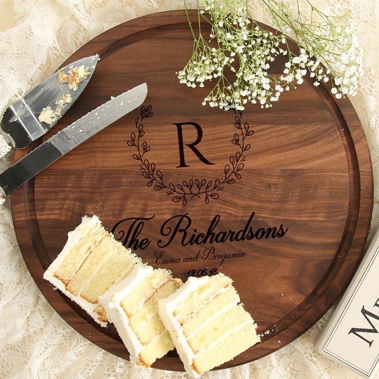 personalized-wedding-gift-fancy-cutting-board-walnut