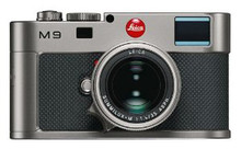 Leica M9 Titanium Rangefinder Digital Camera Body & 35mm f/1.4 Lens