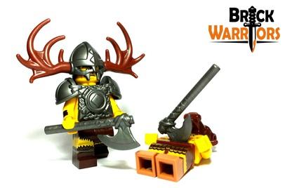 Custom LEGO Weapon of the Week - Viking Axe - BrickWarriors Horned Viking Helmet Goblin Rocket Helmet