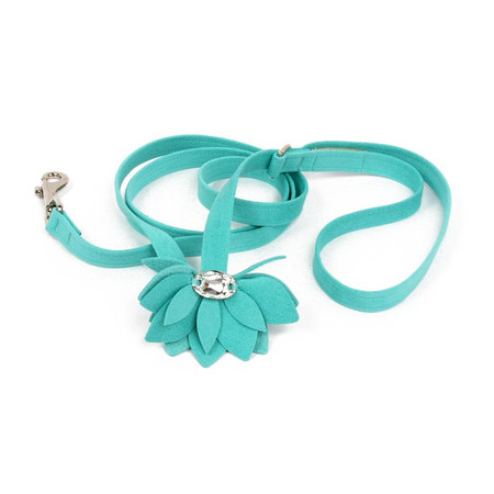 Susan Lanci Water Lily Leash
