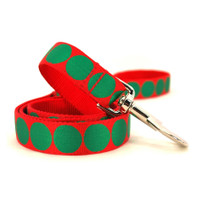 Holiday Dot Dog Lead