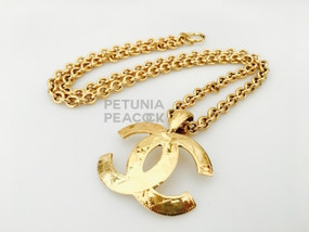 CHANEL MATELASSE CC LOGO NECKLACE