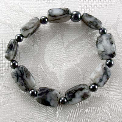 Natural Black Spotted Quartz/Hematite Stretch Bracelet
