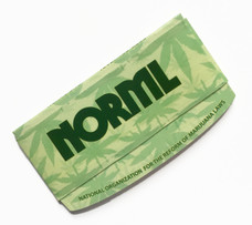 Curved Norml 1 ¼ Size Rolling Paper with Curved Rolling Edge