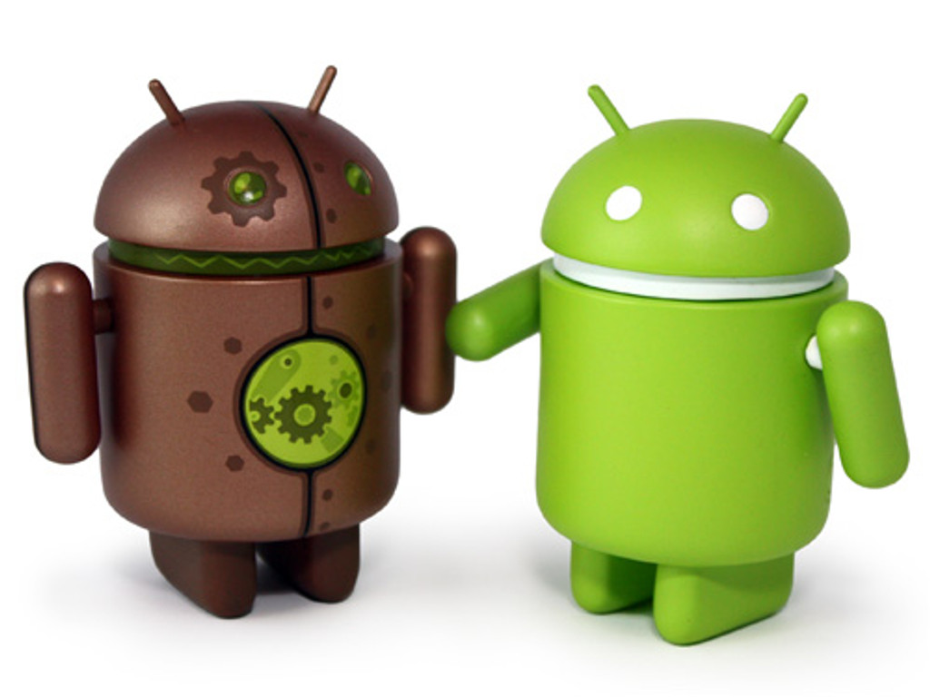 copperbot and android shake hands