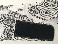 This is an example of our NO KNOT NO TIE backside closure option.  If you want this added to your bandana, then click on the options box.  You will love it.