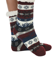 Sherpa lined slippers by Snoozies in Maroon