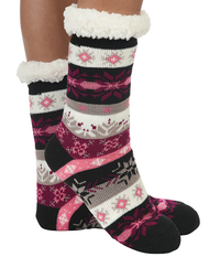 Sherpa lined slippers by Snoozies in Pink