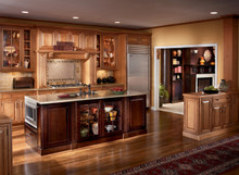 Kraftmaid Kitchen Cabinets - Square Raised Panel - Solid (CRM) Maple in Praline w/Mocha Highlight
