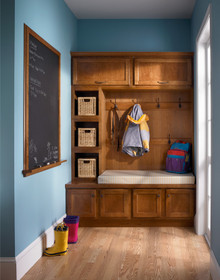 Kraftmaid Entryway Ensemble in Natural Cherry Square Recessed Panel - Veneer (GCS) Cherry in Sunset