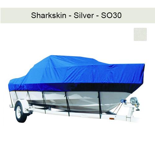 Cajun Fishmaster 2300 w/Port Troll Mtr O/B Boat Cover