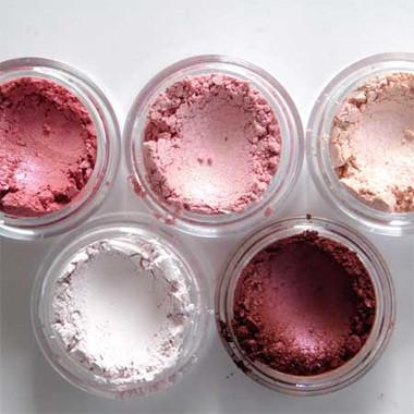 Left to right: Pink Phlox, Rose Quartz, Pink Champagne, Petal Pink, Henna