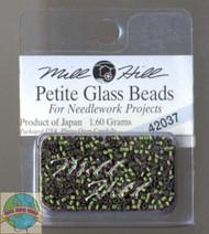 Mill Hill Petite Glass Beads 1.60g Green Velvet