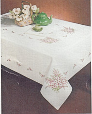 Design Works - Shasta Daisy 58in x 104in Tablecloth