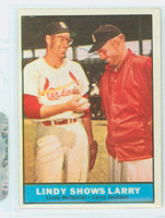 1961 Topps Baseball 75 Lindy Shows Larry St. Louis Cardinals Excellent to Mint