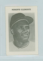 1969 Milton Bradley Baseball 60 Roberto Clemente Pittsburgh Pirates Near-Mint