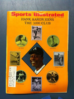 1970 Sports Illustrated May 25 Hank Aaron 3000th Hit Very Good [Severe corner bend - contents fine]