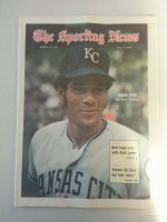 1971 Sporting News August 14 Amos Otis Excellent to Mint lt. center fold from mailbox