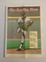 1972 Sporting News May 13 Don Sutton Excellent to Mint lt. center fold from mailbox