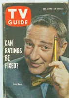 1960 TV Guide Jan 30 Garry Moore Pittsburgh edition Excellent - No Mailing Label  [Lt wear on cover, scuffing along binding; contents fine]