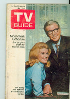 1969 TV Guide Nov 15 The Governor and JJ Central California edition Very Good - No Mailing Label  [Very loose at staples, heavy wear and creasing on cover; contents fine]