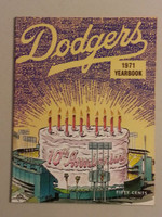 1971 Dodgers Yearbook Near-Mint