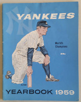 1959 Yankees Yearbook Jay (50 pgs) Excellent Lt wear along binding, sl wear on both covers, ow very clean