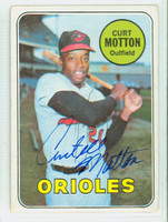 Curt Motton AUTOGRAPH d.10 1969 Topps #37 Orioles CARD IS G/VG; CRN WEAR, AUTO CLEAN