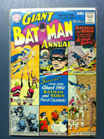 BATMAN #2 ANNUAL Batman and Robin (Giant - 80 pgs)  Dec 61 Very Good Wear on cover, along edges and binding; contents fine