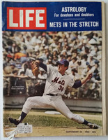 Life Magazine Jerry Koosman of the Miracle 1969 Mets September 26, 1969 Very Good to Excellent [Binding 50% split, scuffing on cover, stray WRT in logo; contents fine (106 pgs)]