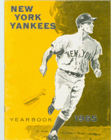 1965 Yankees Yearbook Jay Excellent Lt wear on cover, contents fine