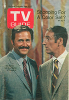 1968 TV Guide Sep 21 Rowan and Martin St. Louis edition Very Good to Excellent - No Mailing Label  [Sl loose at staples, wear on cover; contents fine]
