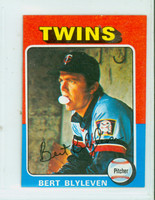 1975 Topps Mini Baseball 30 Bert Blyleven Minnesota Twins Excellent