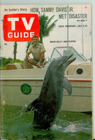 1966 TV Guide Jul 9 Flipper Chicago edition Very Good to Excellent - No Mailing Label  [Wear and creasing on cover, contents fine]