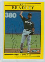 Phil Bradley AUTOGRAPH 1991 Fleer White Sox 